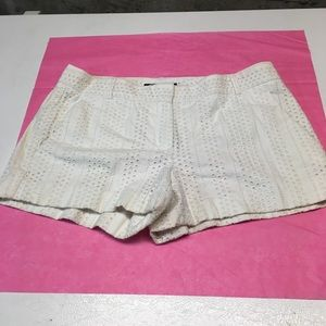 Theory eyelet shorts sz 4. Priced to sell!